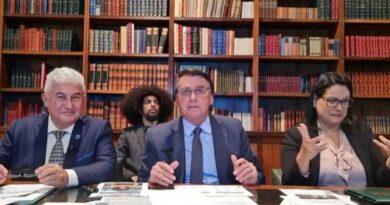 Checkmate: CPI solicita que Bolsonaro respondas as acusações de Luís Miranda