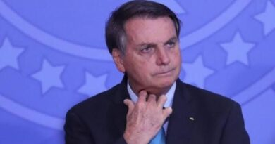 Bolsonaro é enquadrado pelo TSE e pode ficar inelegível